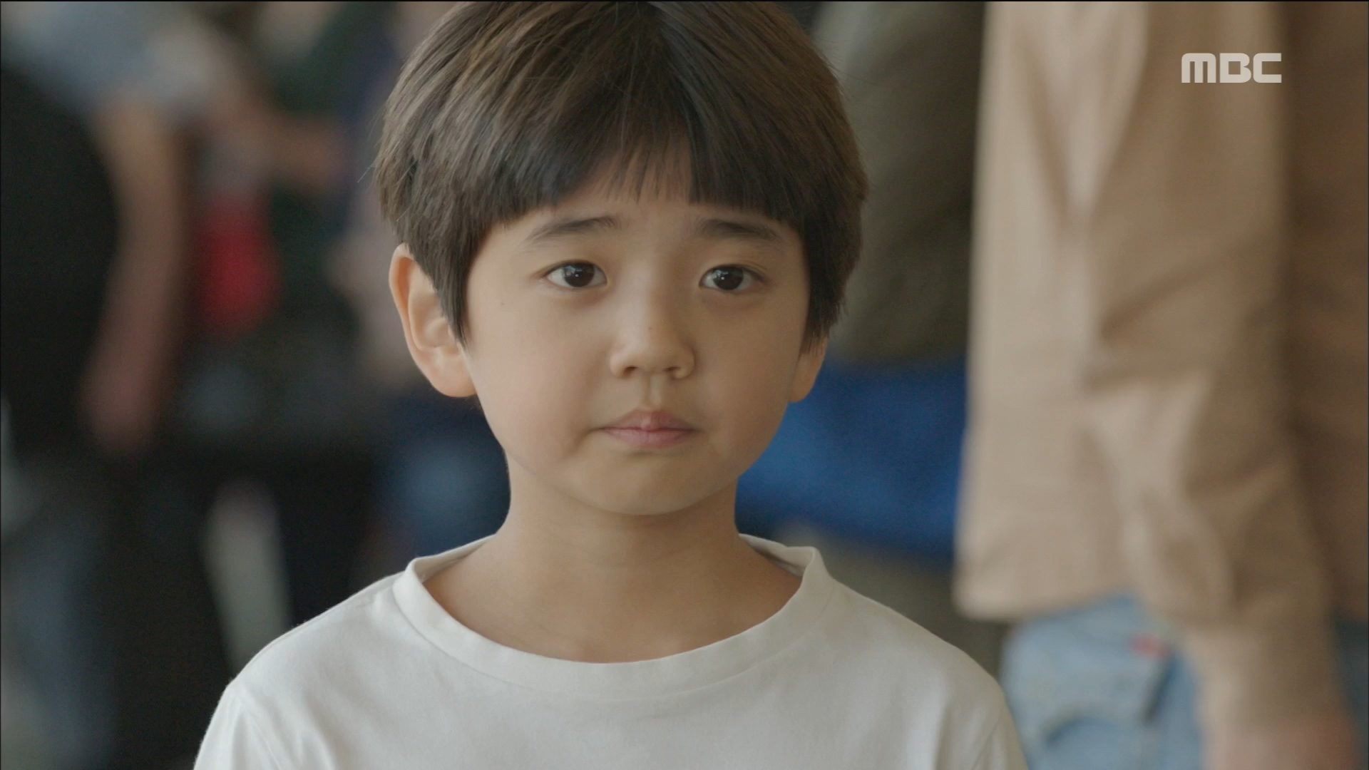 매달렸지만 끝내 버려진 김강훈