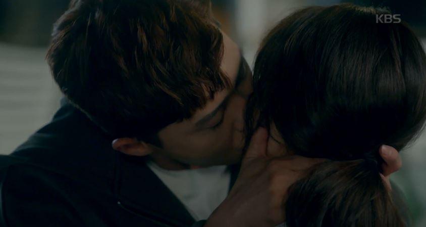키스 했으면 1일사귀니까 더 할래 (더이상 설명이 필요 없습니다)