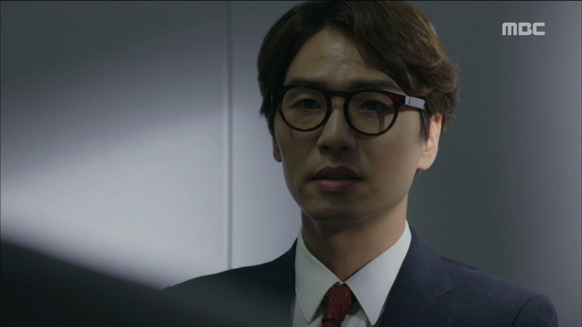 김태훈, 최무성 잡기 위해  거짓 자수