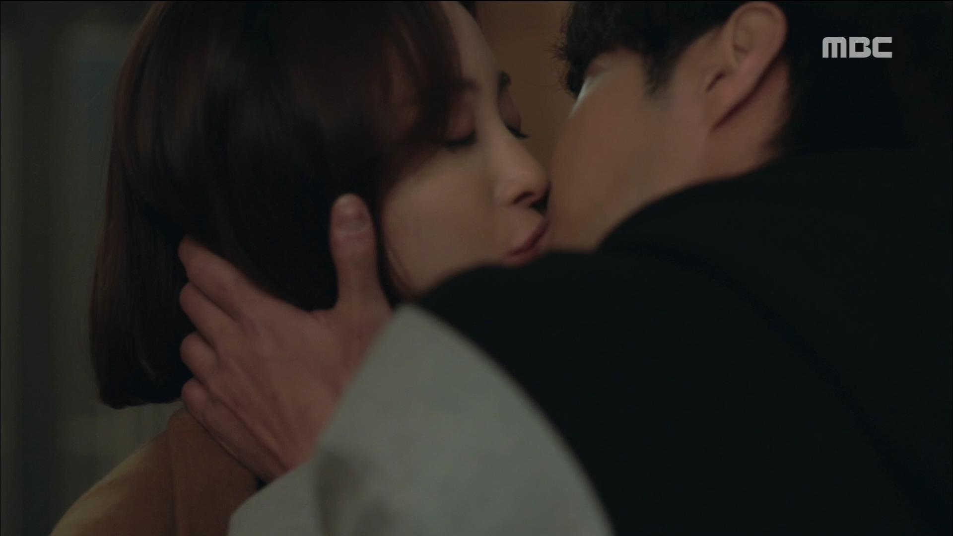 한예슬♥김지석, 달콤한 로맨틱 키스