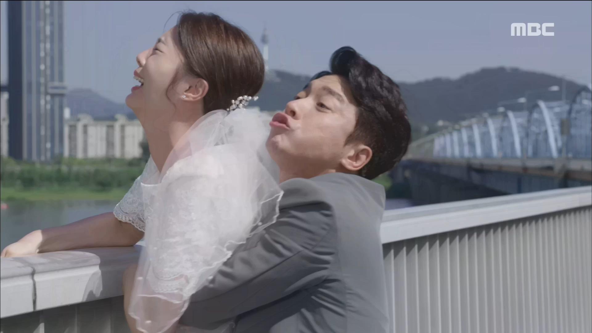 김영민, 자살시도하는 엄현경을 온몸으로 막아서다!